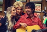 LARRY'S COUNTRY DINER - MO & HOLLY PITNEY
